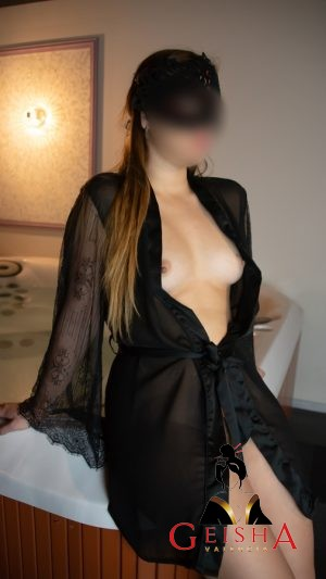 putas valencia y escorts vip valencia noelia frances natural foto 6 300x533 Girlfriend experience